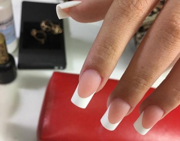 """Все """"за"""" и """"против"""" наращивания ногтей"""