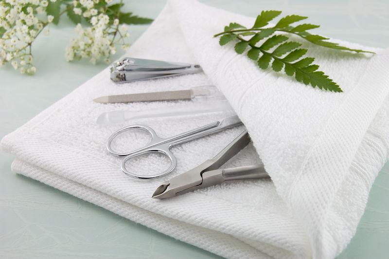 Дезинфекция и стерилизация маникюрных инструментов дома