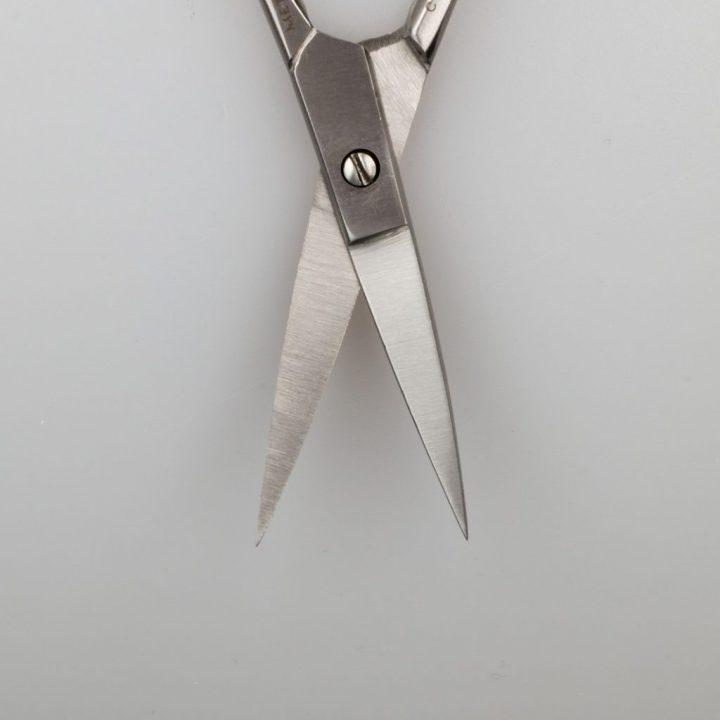 Как выбрать маникюрные ножницы?