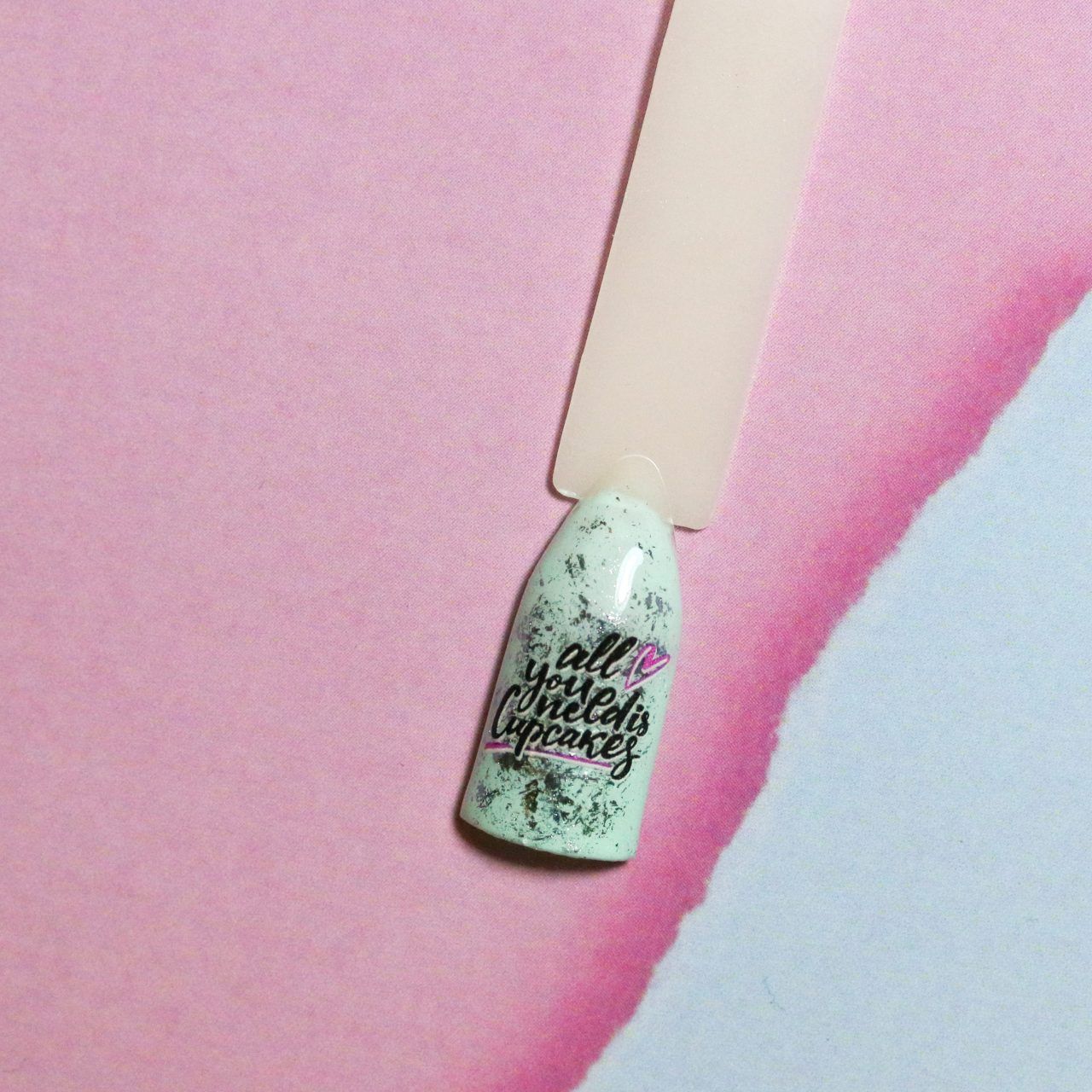 Слайдеры для ногтей. Как сделать модный дизайн?