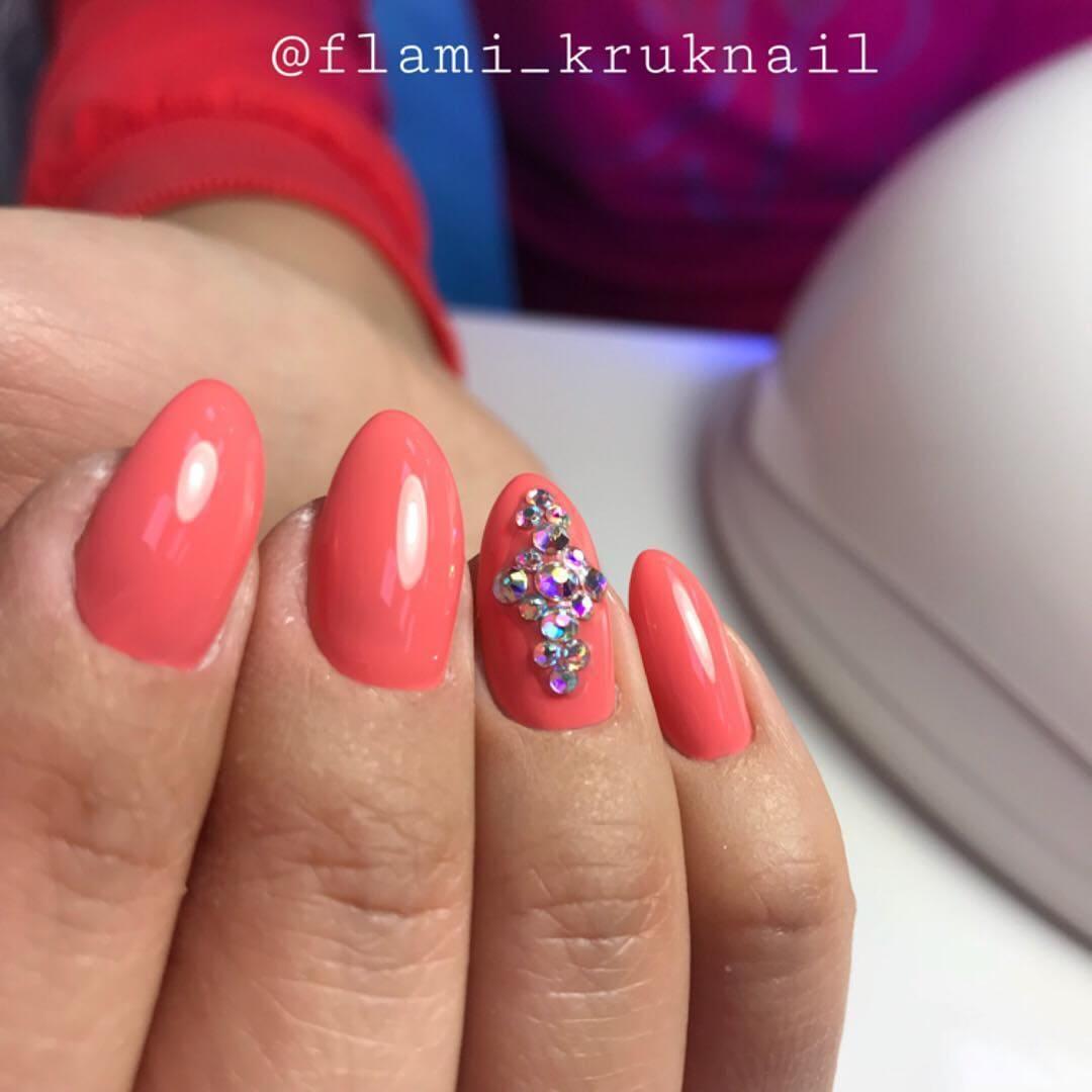 Модные цвета весна-лето 2019 Pantone living coral