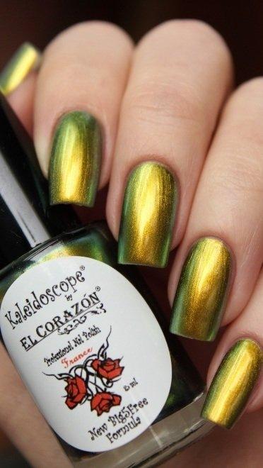 El Corazon, Kaleidoscope № Lm-02 ЛакоголикЛаки Kaleidoscope<br>Лак для ногтей хамелеон переливается от золотисто-зеленого к бронзовому цвету, плотный. Объем 8 мл.<br>