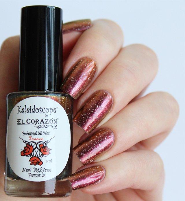 El Corazon, Kaleidoscope № Mw-06 СтрелецЛаки Kaleidoscope<br>Лак для ногтей хамелеон переливается от малинового к медному цвету, плотный. Объем 8 мл.<br>