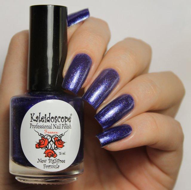 El Corazon, Kaleidoscope № Nd-04 РакЛаки Kaleidoscope<br>Лак для ногтей сине-сиреневый, с блестками, плотный.<br>