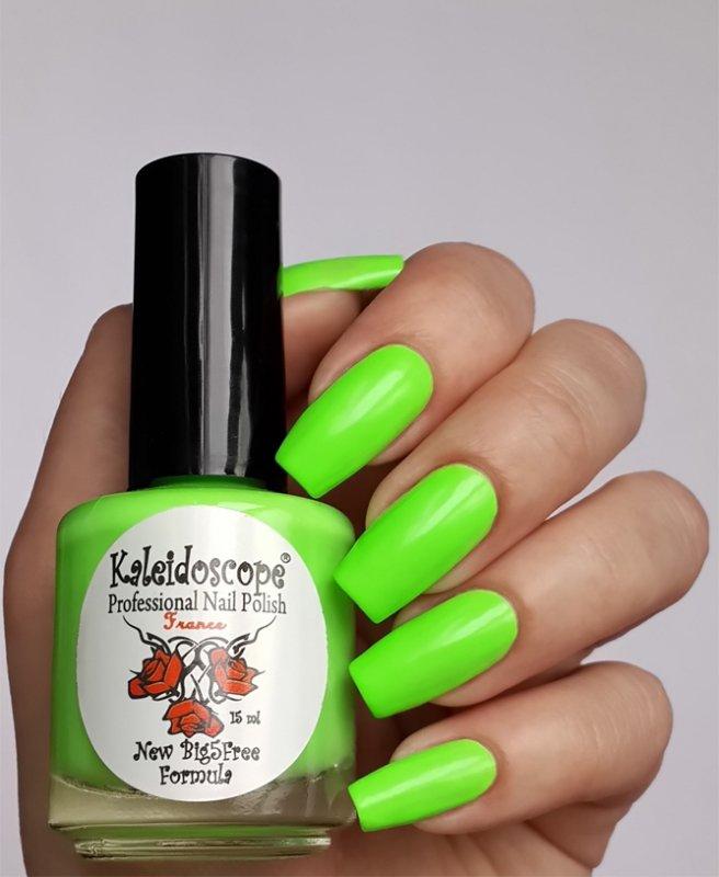 El Corazon, Kaleidoscope № L-06 На пикникеЛаки Kaleidoscope<br>Лак для ногтей кислотный салатовый,плотный.<br>