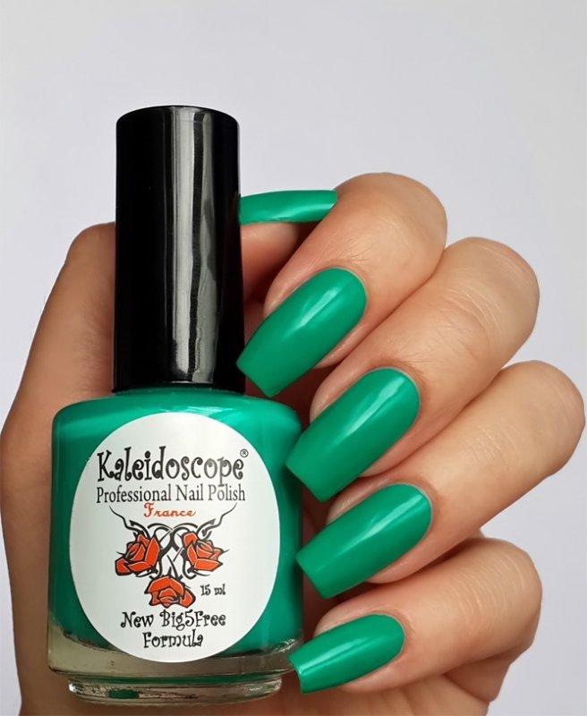 El Corazon, Kaleidoscope № L-12 На премьереЛаки Kaleidoscope<br>Лак для ногтей травянисто-зеленый,плотный.<br>