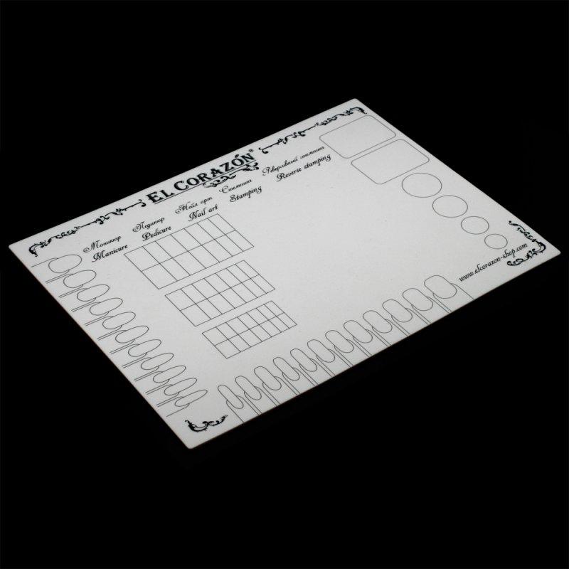 El Corazon, Коврик для дизайна ногтей (белый)Инструменты и Аксессуары El Corazon<br>Коврик предназначен для экспериментов с лаками для ногтей и защиты рабочей поверхности от загрязнения<br>