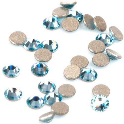 Swarovski Elements, стразы Aquamarine 1,8 мм (30 шт)Стразы<br>Swarovski Elements диаметром 1,8 мм для неповторимого, сияющего маникюра.<br>