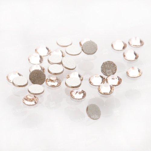 Swarovski Elements, стразы Silk 1,8 мм (30 шт)Стразы<br>Swarovski Elements диаметром 1,8 мм для неповторимого, сияющего маникюра.<br>