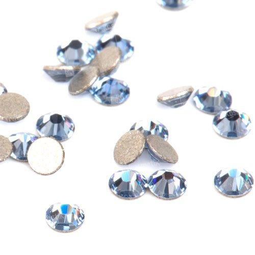 Swarovski Elements, Cтразы Light Sapphire 1,8 мм (30 шт)Стразы<br>Swarovski Elements диаметром 1,8 мм для неповторимого, сияющего маникюра.<br>