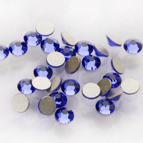 Swarovski Elements, стразы Sapphire 2,8 мм (30 шт)Стразы<br>Swarovski Elements диаметром 2,8 мм для неповторимого, сияющего маникюра.<br>
