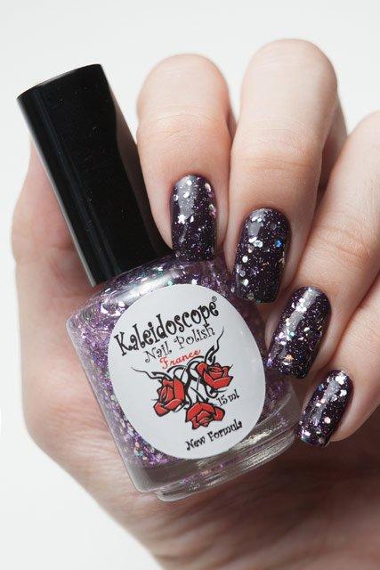 El Corazon, Kaleidoscope № Z-02 Рождена быть любимойЛаки Kaleidoscope<br>Верхнее покрытие-закрепитель с акрилом прозрачный с крупными и мелкими серебряными и сиреневыми блестками. Объем 15 ml.<br>