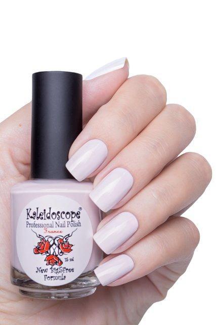 El Corazon, Kaleidoscope № IL-101 Скупаем - лимитка!Лаки Kaleidoscope<br>Лак для ногтей белый с фиолетовым отливом, без блесток и перламутра, плотный. Объем 15 мл.<br>
